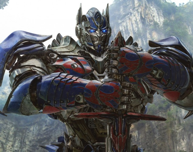 Autobots AND Dinobots? Yes, please! AGE OF EXTINCTION a glorious mess!